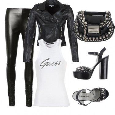 Outfit Serata sexy rock