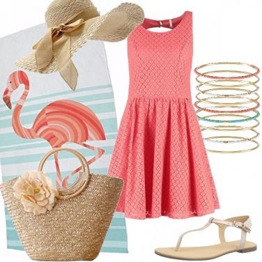Outfit Un fenicottero in riva al mare