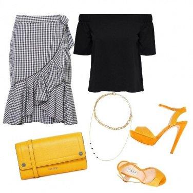 Outfit Quadretti Vichy e giallo
