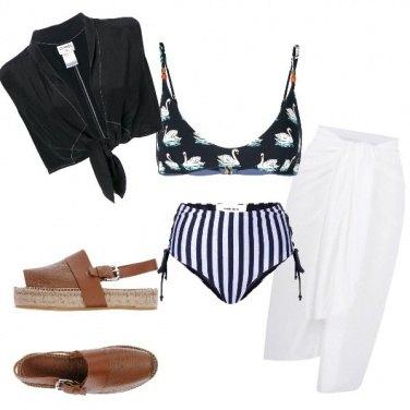 Outfit Al mare con stile.