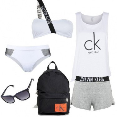 Outfit In spiaggia Calvin Klein mood