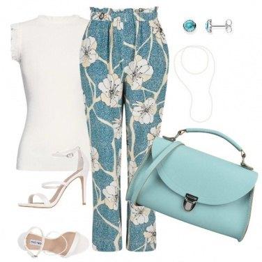 Outfit Il pantalone con i fiori
