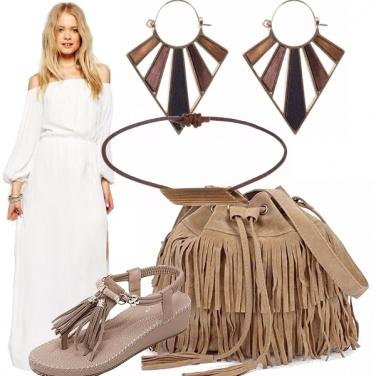 Outfit Abbronzata in bianco