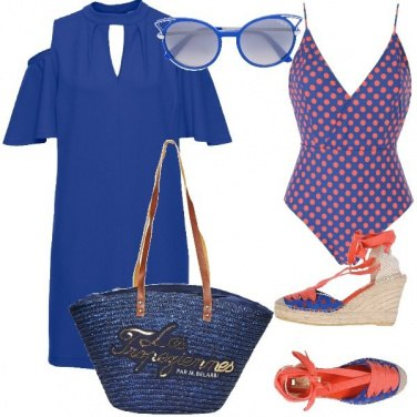 Outfit I pois in spiaggia