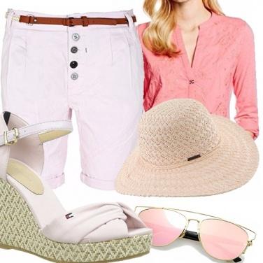 Outfit A passeggio sotto il sole