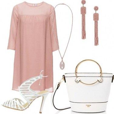 Outfit Rosa e bianco