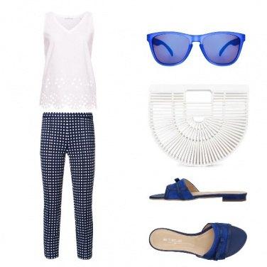 Outfit Bianco e blu