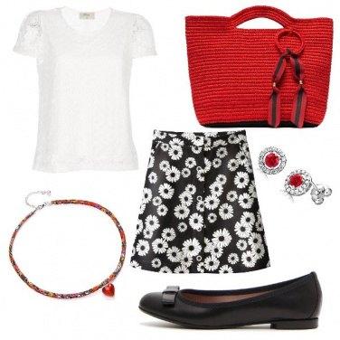Outfit Dettagli in rosso
