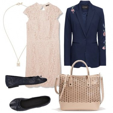 Outfit Blu e cipria quotidiano
