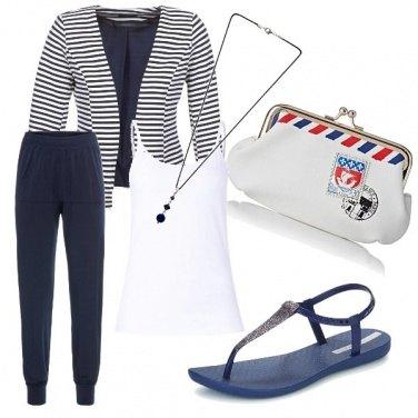 Outfit Mare e aereo