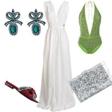 Outfit Serata glamour bordo piscina