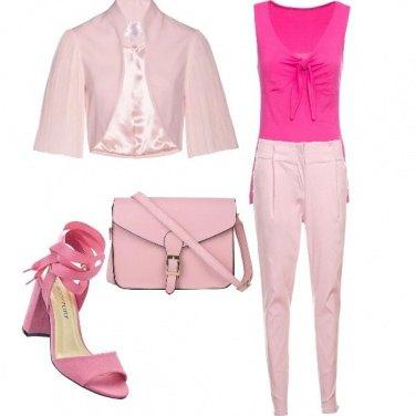 Outfit Toni di rosa!