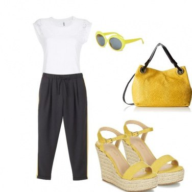 Outfit Yellow Summer