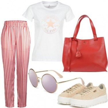 Outfit Pantalone striped e T-shirt