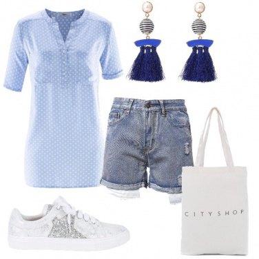 Outfit Azzurro estivo