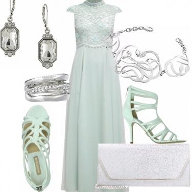Outfit Acqua e silver