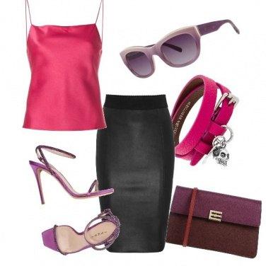 Outfit Toni di viola e rosa