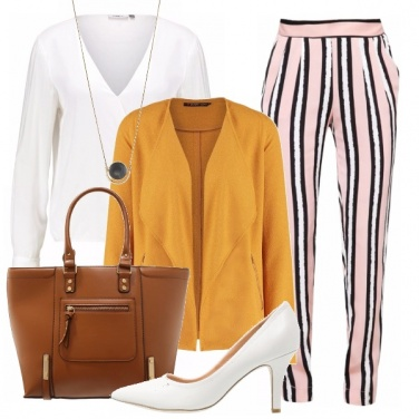 Outfit Pink stripes and yellow