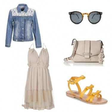Outfit Sandalo giallo