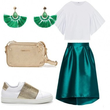 Outfit Sporty chic in verde smeraldo