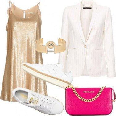 Outfit Paillettes e sneakers per un party