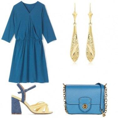 Outfit Gold e azzurro