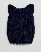 Cappello blu navy in maglia con orecchi di gatto