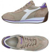 DIADORA HERITAGE  - CALZATURE - Sneakers & Tennis shoes basse - su YOOX.com