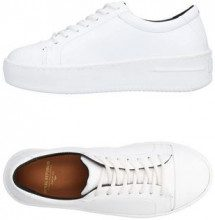 ROYAL REPUBLIQ  - CALZATURE - Sneakers & Tennis shoes basse - su YOOX.com