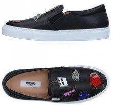 MOSCHINO  - CALZATURE - Sneakers & Tennis shoes basse - su YOOX.com