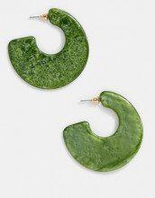 Orecchini a cerchio in resina verde muschio