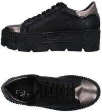 UNLACE  - CALZATURE - Sneakers & Tennis shoes basse - su YOOX.com