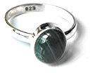 Shanya–Anello etnico in argento Sterling con malachite verde, argento massiccio autentico, malachite. Ogni Anello è a mano. La pietra è 5x 7mm. Design obcgm. Taglia.
