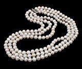 TreasureBay, collana a tre fili Elena Pearl A 7-8 mm, colore: bianco naturale, coltivata d'acqua dolce, con chiusura scorrevole, spediti in una lussuosa scatola regalo