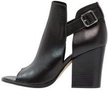 Sandali con cinturino - black