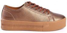 Sneakers con plateau e finitura metallizzata