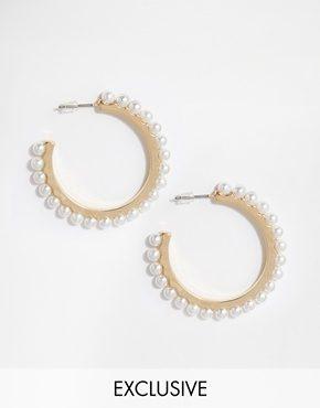 Designsix - Orecchini a cerchio con bordi di perle sentetiche