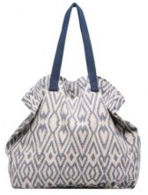 V Pia Shopper