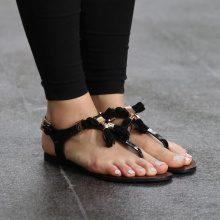 Sandali infradito con nappine