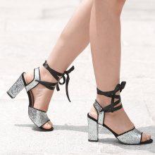 Sandali glitter con tacco quadrato