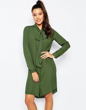 Missguided - Vestito chemisier con fiocco morbido