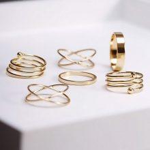 Set di 6 anelli dorati