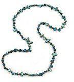 Collana, lunga, con pepite di conchiglia verde-azzurro e perline di vetro color camaleonte – lunghezza 118 cm