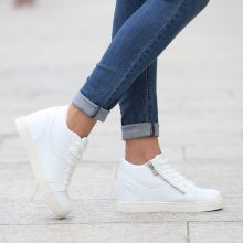 Sneakers alte con zeppa e zip