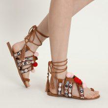 Sandali con pompon & nappine