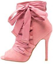 BEBO BRYNA  Stivaletti con tacco dusky pink