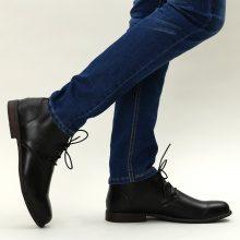 Scarpe basse stringate