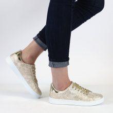 Sneakers dorate