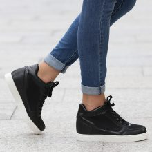 Sneakers alte con zeppa in mesh