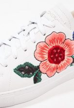 Skechers VASO FLOR Sneakers basse white
